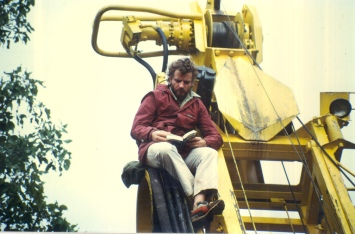 Richard Ledgar relaxes on the rig