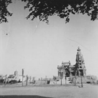 Baron en Pain Palace, Heliopolis 1961